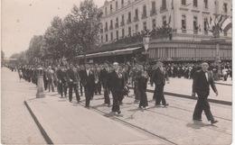 Carte Photo : Toulouse , Grand Café Glacier Des Américains , Défilé Cérémonie Des Anciens Combattants - Toulouse