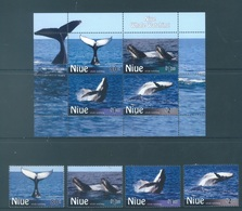 NIUE  - 2010 - MNH/***  - WHALE - Yv 927-930 BLOC 161 - Lot 17785 - Niue