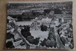 YZEURE - Place De L'Eglise Et Institut Agricole - Vue Aérienne ( 03 Allier ) - France