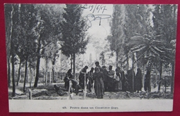 Cpa Salonique 1917 - Prière Dans Un Cimetière Grec - FM - Grèce