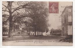 79.058 /  ST HILAIRE LA PALLUD - Place De L'église Et La Poste - Autres Communes