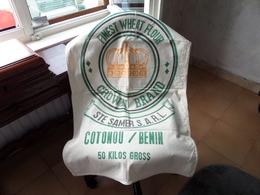 Finest WHEAT Flour CROWN BRAND Ste SAMER S.a.r.l. COTONOU / BENIN ( 50 Kilos Gross ) New Sac 96 X 60 Cm. (Cotton) 2 Pcs - Autres Collections