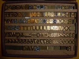 Lettres Et Chiffres En Bronze Pour Marquage à Chaud - Materiale E Accessori