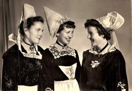 Folklore > Costumes    /  CPSM / LOT 534 / CORNOUAILLE - Costumes