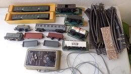 Train électrique Hornby-Acho . Lot De 12 Wagons,1 Locomotive,1 Transformateur Et 35 éléments De Rail - Jouets Anciens