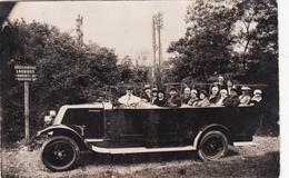 CPA-PHOTO (65) LOURDES Automobile Voiture Véhicule Taxi Autocar ? Transport En Commun Transportation - Non Classificati