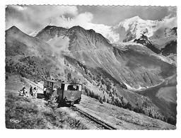 Les Houches Le Train Du Mont-Blanc Et L'Aiguille De Bionnassay - Les Houches