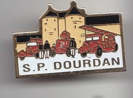Pin's  Sapeurs Pompiers Dourdan   Réf 6331 - Firemen
