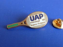Pin's Raquette De Tennis - UAP Assurance - National 89 De Saint Tropez - Zamac Decat (PL9) - Tennis