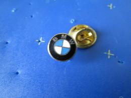 PIN'S    BMW   LOGO   EMAIL GRAND FEU - BMW