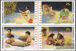 Marshall-Islands 334-337 Block Of Four (complete Issue) Unmounted Mint / Never Hinged 1990 Brotfruchtverarbeitung - Marshall Islands