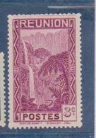 REUNION             N°  YVERT  :   163     NEUF AVEC  CHARNIERES      ( Charn 06   ) - Neufs