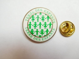 Beau Pin's , Association , Terre Des Enfants , Codognan , Gard - Associations