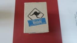 TABAC  WINFIELD BLEU   PORTE  PAQUETS CIGARETTE    ****    RARE     A  SAISIR *** - Tabac (objets Liés)