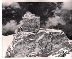 Observatoire De La Jungfrau Dans Les Alpes En Suisse. - Lieux
