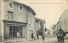 VILLEFAGNAN-rue De L'hôtel De Ville - Villefagnan