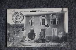 MILITARIA - Guerre 1914 -18, PONT A MOUSSON, Une Maison Fortement Endommagée. - Guerre 1914-18