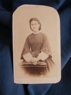Photo CDV Bernier à Brest  Jeune Femme  Robe Rayée à Grandes Manches  Sec. Empire - CA 1860 - L395A - Photos