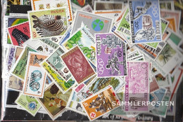 Rwanda 400 Different Stamps - Collections
