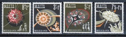 Malta Complete Set Of Stamps To Celebrate Christmas 1974. - Malta