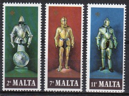 Malta Complete Set Of Stamps To Celebrate Suits Of Armour 1977. - Malta