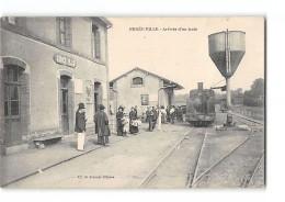 CPA 53 Ernée Ville La Gare Et Le Train Tramway Ligne De Mayenne St Jean - Ernee