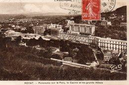 ROYAT - Panorama Sur Le Parc, Le Casino Et Les Grands Hôtels - Royat