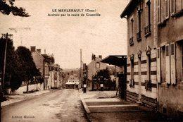 4335-2018   LE MERLERAULT  ARRIVEE PAR LA ROUTE DE GRANVILLE - Le Merlerault