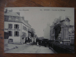 France - Ille Et Vilaine - DINARD -  Carrefour De L'Horloge Avec Tram - Dinard