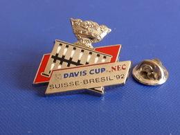 Pin's Tennis Coupe Davis Cup Nec - Suisse Bresil 92 - Tournoi (PL41) - Tennis