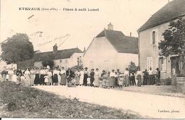 ETREVAUX - Place& Café LOUET - France