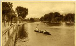 REGNO UNITO  BEDFORDSHIRE  BEDFORD  The Embankment From Town Bridge - Bedford