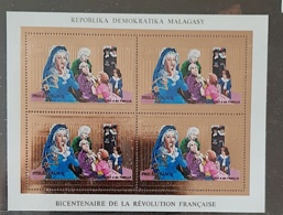 MADAGASCAR Bicentenaire Révolution Française. Yvert N°928 Bloc OR  ** MNH - Franz. Revolution