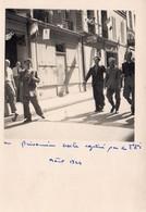 """""""UN PRISONNIER BOCHE CAPTURE PAR LES FFI  AOUT 1944""""-LA LIBERATION NATIONALE-ZONE NORD-LIBERATION NATIONALE PH G. LIERRE - Krieg, Militär"""
