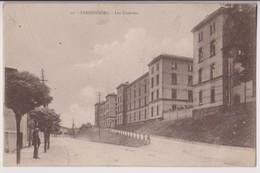 SARREBOURG (57) : LES CASERNES - EDITION CH. BERGERET STRASBOURG - ECRITE EN 1921 ? -+ 2 SCANS +- - Sarrebourg
