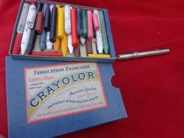 Boite De Crayons Avec Porte Crayon Conte A Paris-crayolor - Autres Collections