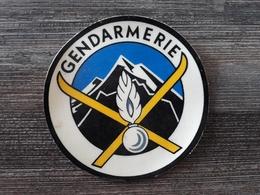 Écusson Gendarmerie Nationale De Montagne 7cm De Diamètre - Patches