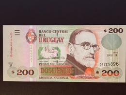 URUGUAY P77B 200 PESOS 2000 UNC - Uruguay
