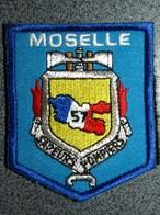 ECUSSON SAPEURS    POMPIERS   MOSELLE - Patches