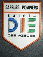 ECUSSON SAPEURS    POMPIERS   ST DIE - Patches
