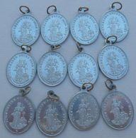 Médal-059 Lot De 12 Médailles Identiques En Alu Ô Marie Conçue Sans Péché - Religion & Esotericism