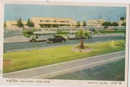 ISRAEL  - HAIFA - RAILWAY STATION - Old Car ,old Buses  - Circulated  1956 - Israel