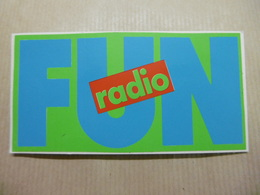 FUN RADIO - Autocollant Médias RADIO - Autocollants