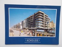 Groeten Uit ...KOKSIJDE - Zicht Op Zeedijk En Strand - Koksijde