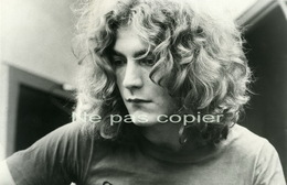 Led Zeppelin Chanteur ROBERT PLANT Vers 1970 - Célébrités