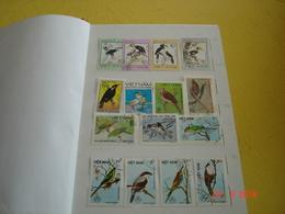 ALBUM CONTENANT DIVERSES THEMATIQUES DU MONDE - Stamps