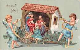 Joyeux  NOEL - Carte Avec 2 Angelots Portant Creche De Noel  ( Legerement Gauffrée ) - Natale