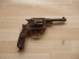 Pistolet 14-18 Modèle 1892 De Fouille - Decorative Weapons