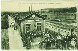 LOT 14 - VILLES ET VILLAGES DE FRANCE - 35 Cartes Anciennes - Divers - Cartes Postales