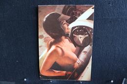 47 - P-up / Carte - Photo /  Pin-Up  -  MARIE-FRANCE  -  Modèle  Nue,  Daily Girl Press  /  Circulé   . - Pin-Ups